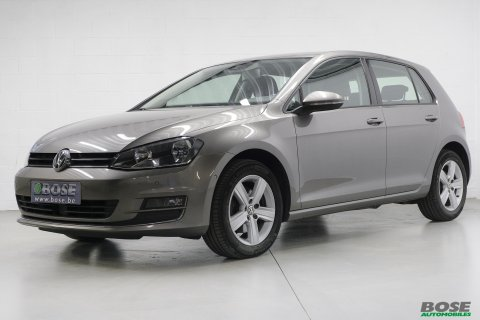 VW Golf 1.6 CR TDi Highline*GPS*Capteurs AV/AR*