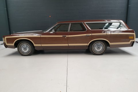 Ford Country Squire LTD