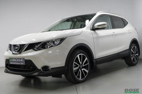 Nissan Qashqai 1.6 dCi 2WD Pack Xtronic*TO PANO*GPS*LED*