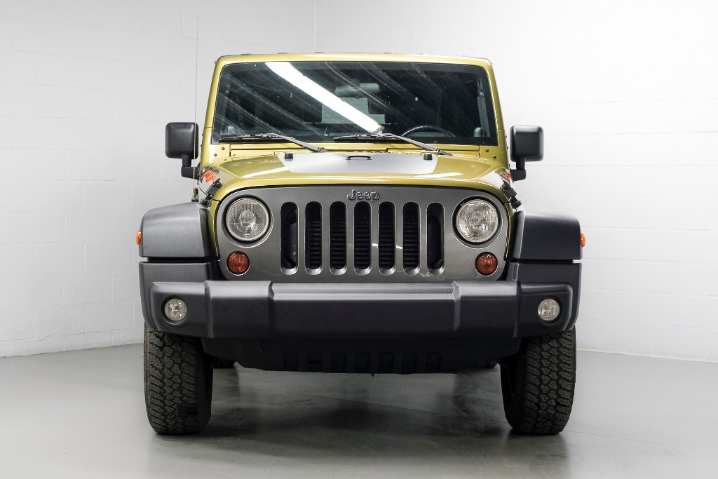 jeep wrangler 2 8d utilitaire cabrio bose. Black Bedroom Furniture Sets. Home Design Ideas